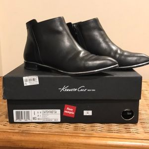 Kenneth Cole New York catch fast CP booty